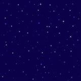 Étoiles lumineuses gentilles dans le ciel nocturne Image libre de droits