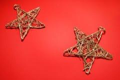Étoiles sur le rouge Photographie stock libre de droits