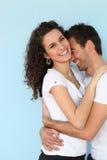 Étreindre gai de couples photo libre de droits