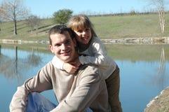 Étreinte de papa Photos libres de droits