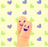 Étreinte et coeur de doigt d'amour Images libres de droits