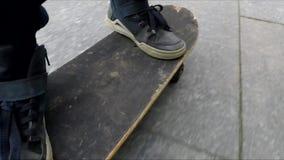 Étude de garçon chaude pour patiner banque de vidéos