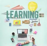 Étude du concept d'idées d'intelligence d'amélioration d'éducation Photographie stock