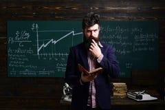 Étude en ligne d'apprentissage en ligne apprenant le concept Le professeur peut faire l'impact durable Les professeurs sont aussi photographie stock libre de droits
