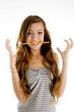 Étudiant d'adolescent dans la pose d'excitation photographie stock