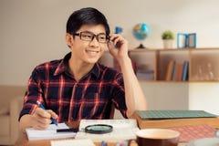 Étudiant en verres photographie stock libre de droits