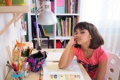 Étudiant ennuyé Girl images libres de droits