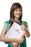 Étudiant féminin avec cv de serviette, curriculum vitae Photo libre de droits