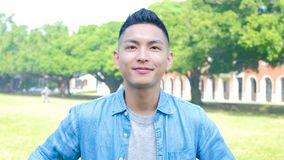 Étudiant heureux d'homme photo stock