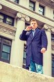 Étudiant universitaire adolescent américain voyageant à New York Photos libres de droits