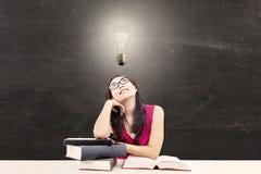 Étudiant universitaire intelligent 1 photos libres de droits