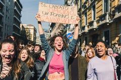 Étudiants célébrant le jour international du ` s de femmes Photos stock