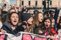 Étudiants célébrant le jour international du ` s de femmes Image libre de droits