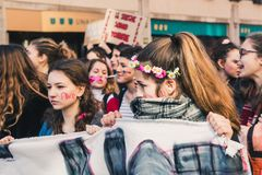 Étudiants célébrant le jour international du ` s de Wome Photographie stock libre de droits