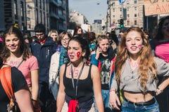 Étudiants célébrant le jour international du ` s de Wome Images stock