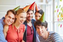 Étudiants comme amis ayant une partie Photographie stock libre de droits