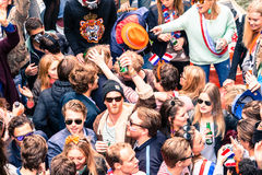 Étudiants de partie chez Koninginnedag 2013 Photographie stock libre de droits
