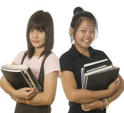 étudiants debout ensemble deux de l'adolescence Image libre de droits