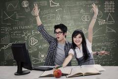 Étudiants réussis de lycée Image stock