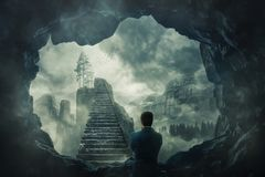 Évasion de la caverne foncée photo libre de droits