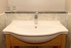 Évier de salle de bains Photos libres de droits
