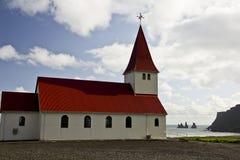 Í Mýrdal de Vík d'église Photographie stock libre de droits