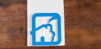 Ícone da casa feito fora do plástico Imagens de Stock Royalty Free