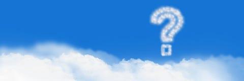 Ícone da nuvem do ponto de interrogação com céu fotos de stock royalty free