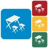 Ícone de acampamento da tabela e do tamborete Imagem de Stock Royalty Free