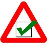 Ícone de advertência engraçado do verde da caixa de verificação do sinal de estrada Imagens de Stock