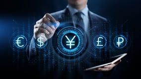 Ícone do sinal de moeda dos ienes na tela virtual Conceito de troca da tecnologia do negócio dos estrangeiros fotos de stock royalty free