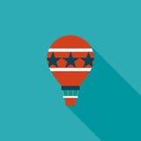 Ícone liso do balão de ar quente com sombra longa Fotos de Stock
