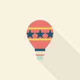 Ícone liso do balão de ar quente com sombra longa Imagens de Stock Royalty Free