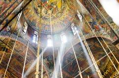 Ícone na cúpula da igreja ortodoxa do monastério de Rila foto de stock royalty free