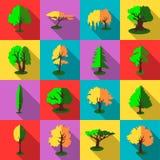 Ícones ajustados, estilo liso das árvores Fotografia de Stock