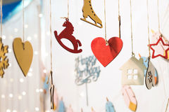 Ícones coloridos das estatuetas do feliz aniversario Imagem de Stock
