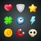 Ícones coração dos elementos do jogo, protetor, estrela, trevo, pulso de disparo, relâmpago, moeda, ímã, crânio Foto de Stock Royalty Free