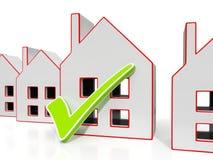 Ícones da casa com Tick Showing House For Sale Foto de Stock
