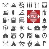 Ícones de acampamento Fotografia de Stock Royalty Free
