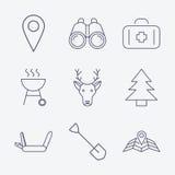 Ícones de acampamento do curso do esboço Fotografia de Stock Royalty Free