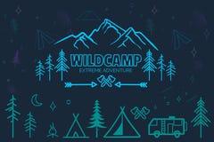 Ícones de acampamento tirados mão do esboço ajustados Foto de Stock