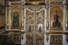 Ícones dentro da igreja ortodoxa Imagem de Stock