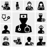 Ícones do doutor e das enfermeiras ajustados no cinza Imagem de Stock Royalty Free