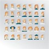 35 ícones do interfase do uso com jovens senhoras Cor vermelha loura do cabelo ilustração royalty free