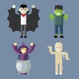 Ícones dos caráteres de Dia das Bruxas ajustados em à moda Fotografia de Stock Royalty Free