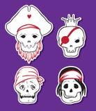 Ícones engraçados do crânio do pirata dos desenhos animados Fotos de Stock Royalty Free