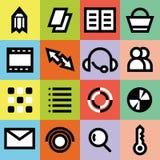 Ícones gráficos simples dos multimédios para o página da web com fundos coloridos Fotografia de Stock Royalty Free