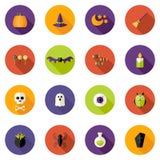 Ícones lisos coloridos do círculo de Dia das Bruxas ajustados Fotografia de Stock Royalty Free