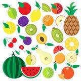 Ícones lisos coloridos dos frutos e das bagas ajustados Imagens de Stock
