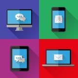 Ícones lisos PC, portátil, telefone celular e tabuleta Foto de Stock